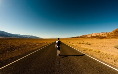 traveler-viajante-destino-lugar-estrada-de-onde-voce-e-pertence-nacionalidade-origem2